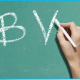 """¿CÓMO SURGIÓ EN CASTELLANO LA DIFERENCIACIÓN ENTRE LAS LETRAS """"B"""" Y """"V""""?"""