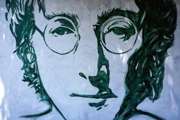 Encuentran 26 fotos desconocidas de John Lennon en un momento clave de su vida