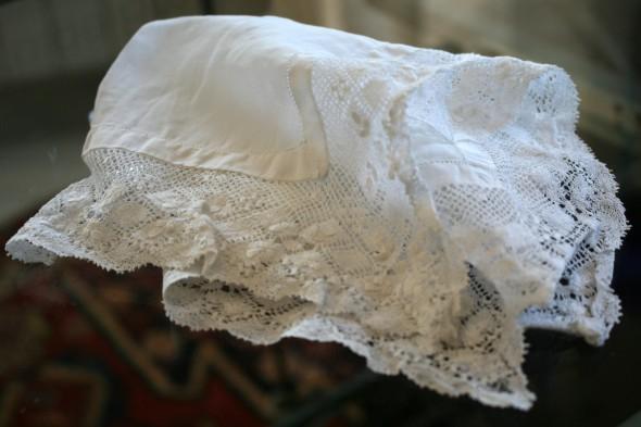 Taschentücher mit Häkelspitzen – altmodisch? oder stilvoll?